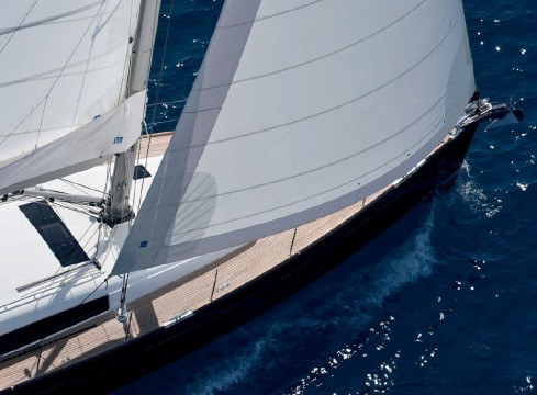 Sailboat Beneteau Oceanis